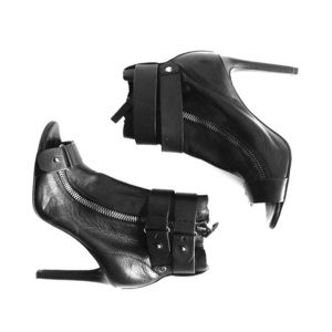 Dolce Vita Leather High Heel Shoe Boots Size 6